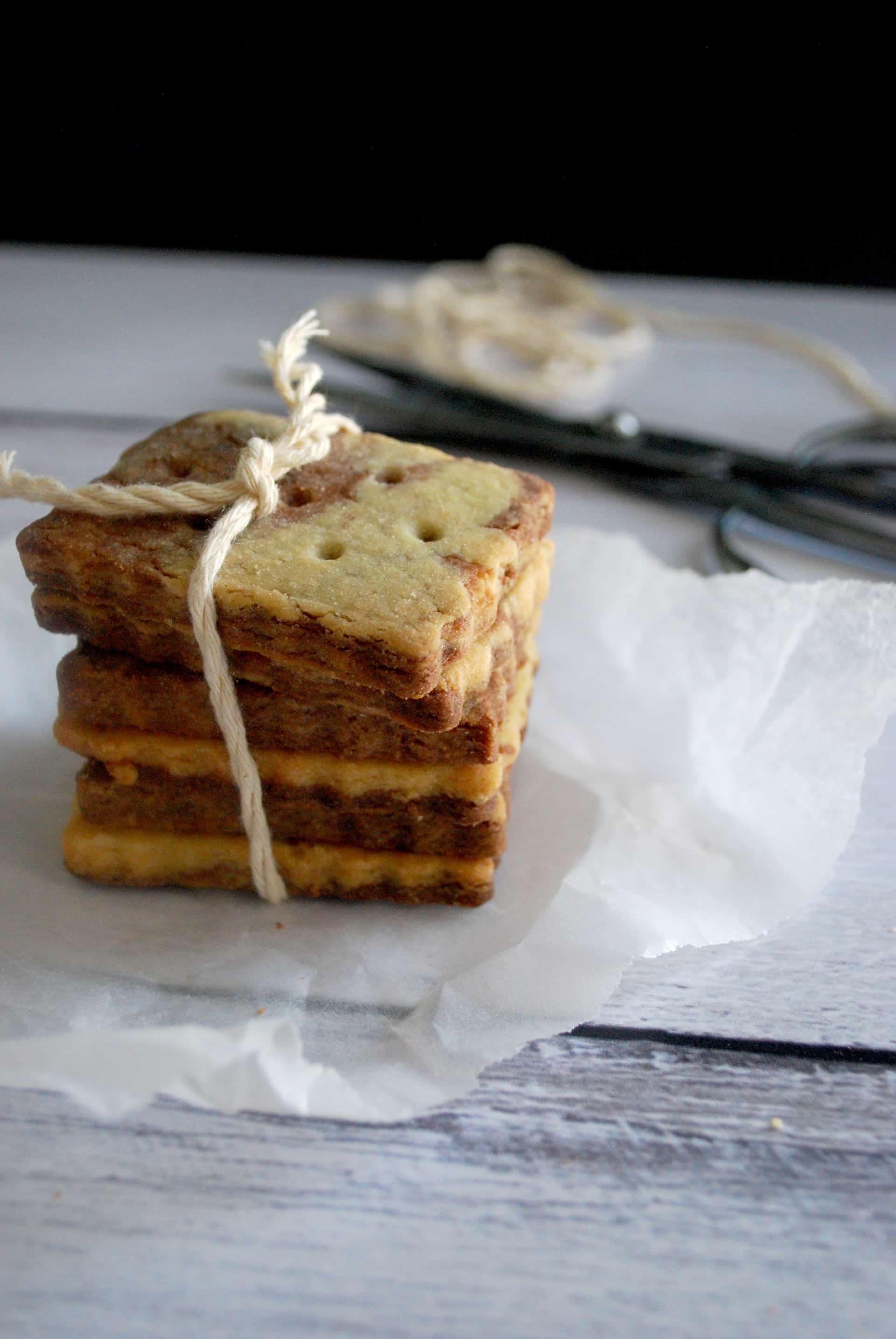 μπισκότα βουτύρου σπιράλ, σοκολάτα βανίλια δίχρωμα