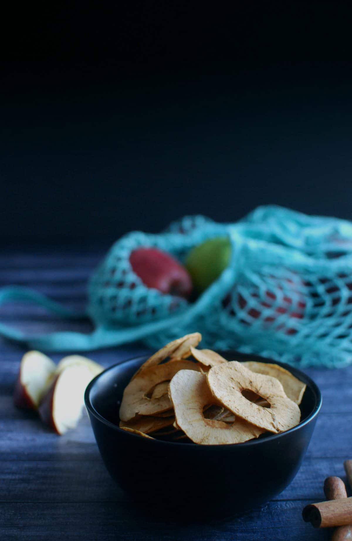 τραγανά chips μήλου, αποξηραμένα μήλα