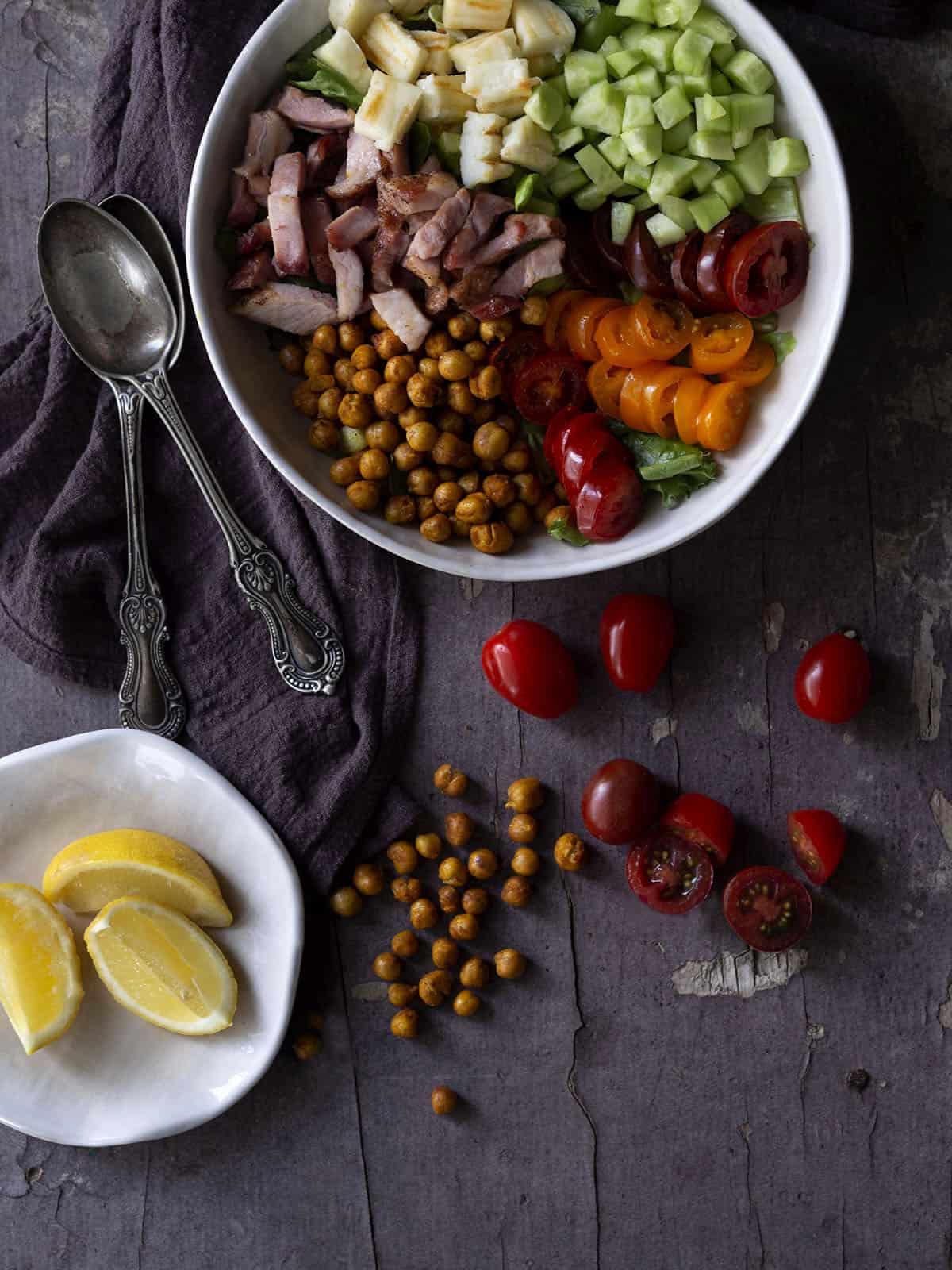 σαλάτα με ρεβύθια και σύγκλινο