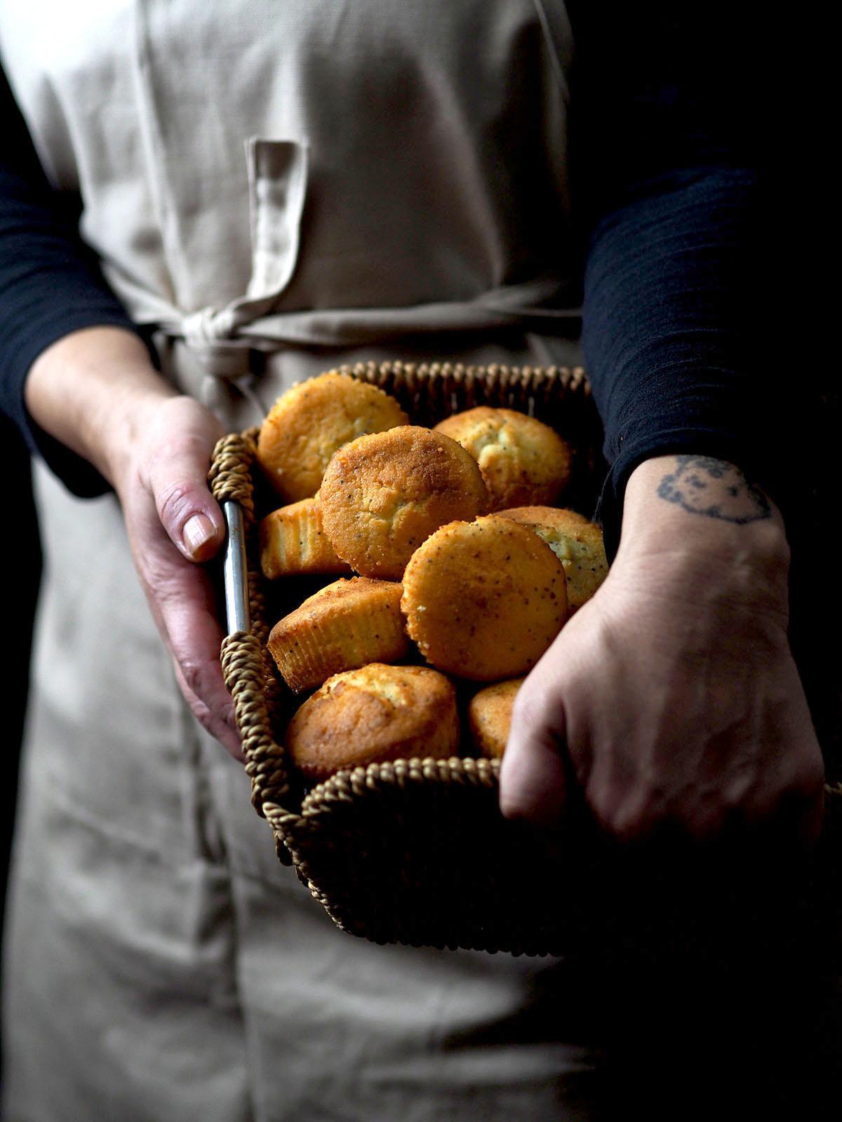 muffins με μανταρίνι και λευκή σοκολάτα