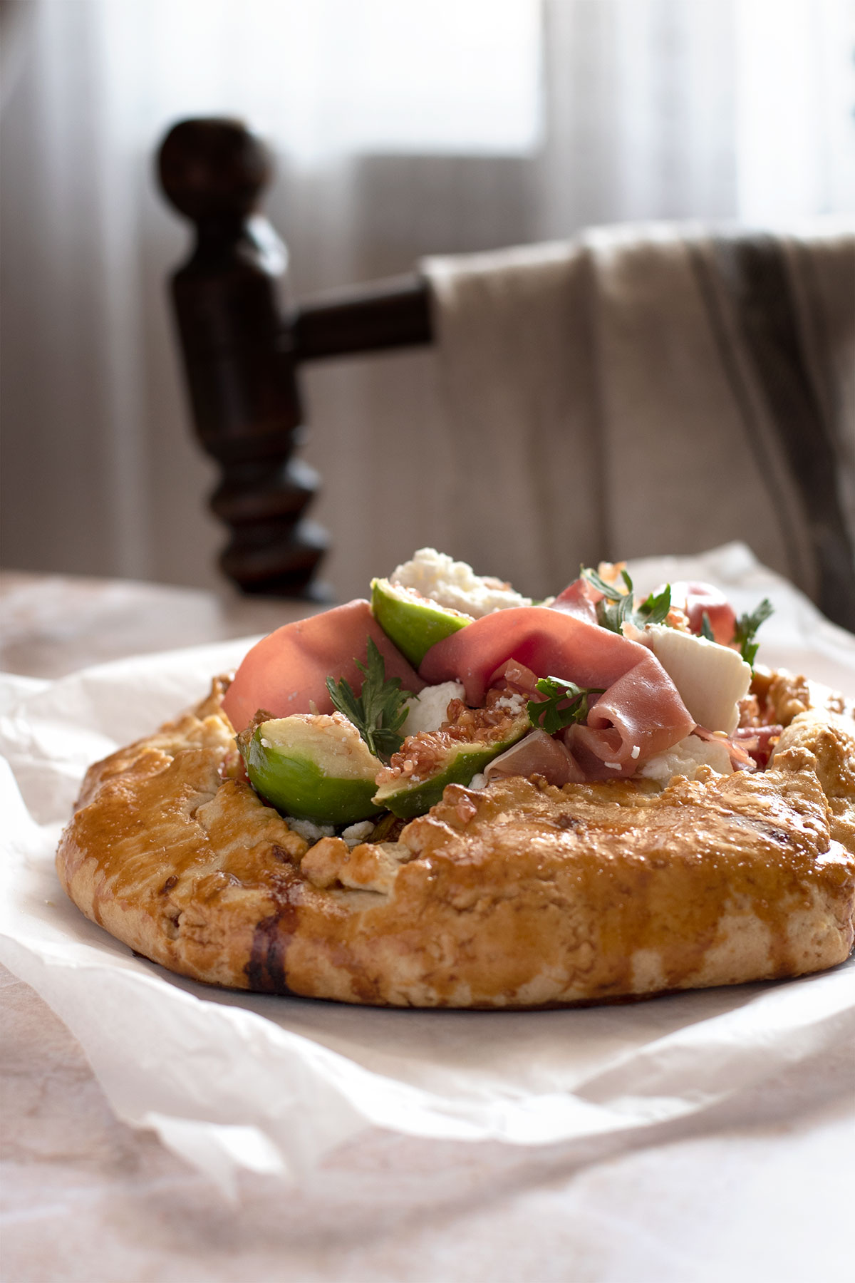 galette τάρτα με σύκα προσιούτο τυριά μανούρι μπαλσάμικο