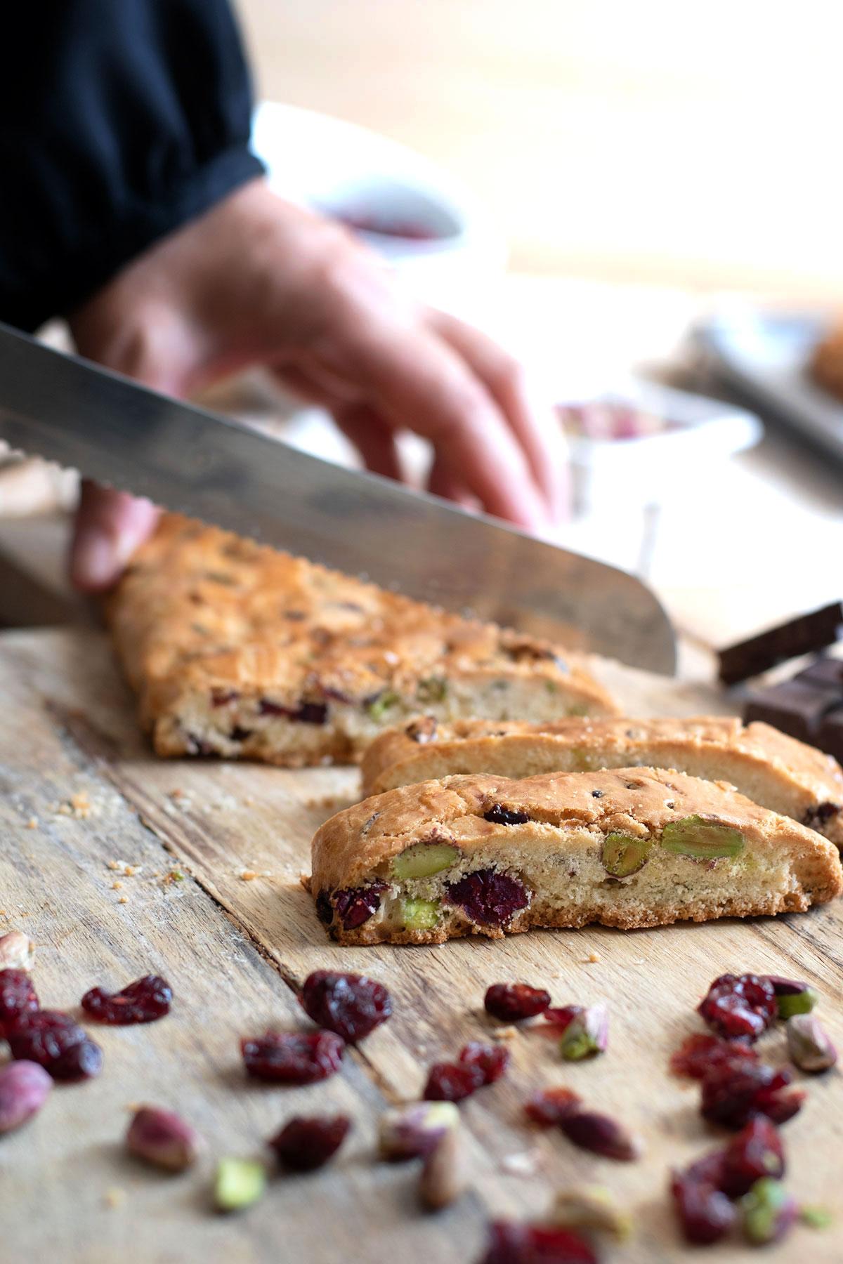 ιταλικά μπισκότα, φυστίκια Αιγίνης, cranberries, cantucci