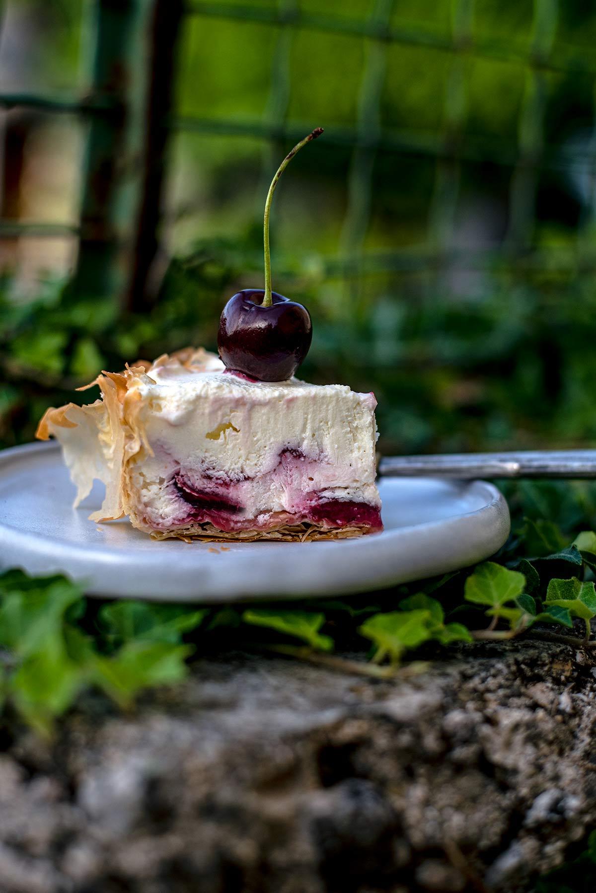 cheesecake κεράσι, φύλλο κρούστας